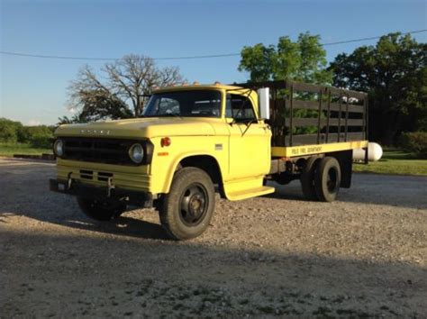 dodge stake bed truck sell used 1970 dodge d400 sweptline truck stake bed power