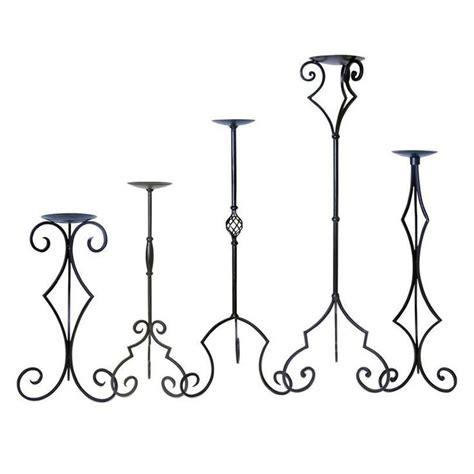candelabros de forja 17 mejores ideas sobre candelabros de hierro forjado en