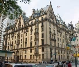1 Bedroom Upper East Side The Dakota John Lennon S New York City Apartment Building