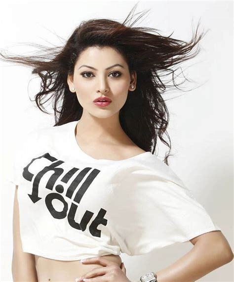 full hd video love dose download these 18 pictures of urvashi rautela will make you fall in