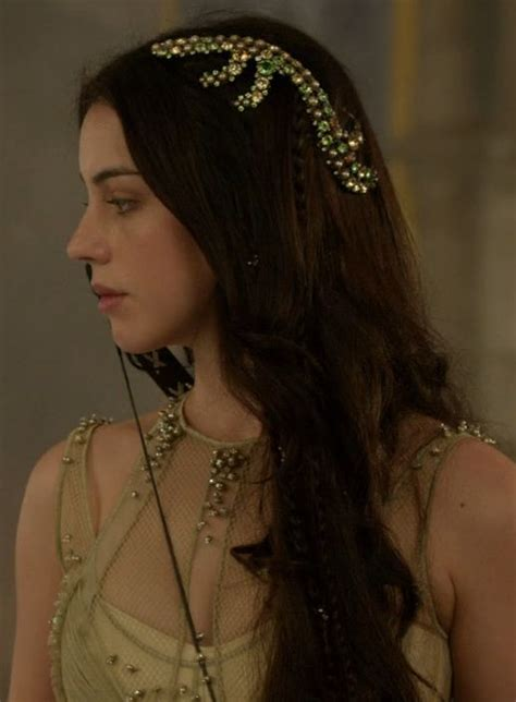 reign cw show hair weave beads 25 best ideas about reign hair on pinterest