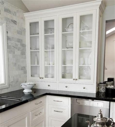 marble backsplash tile kitchen backsplash trends great new looks in kitchen tile