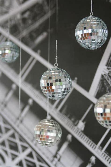 21 sparkling disco ball d 233 cor ideas for winter parties