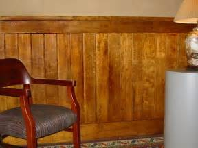 Log Wainscoting 1000 Ideas About Rustic Wainscoting On Vanity
