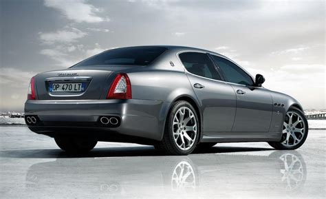 Maserati Quattroporte 2009 by Car And Driver