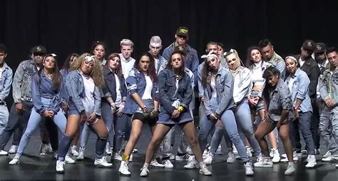 members of the royal family beyonc 233 choreography from the royal family