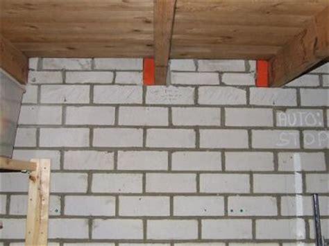 schuur laten isoleren welke latei voor doorgang in enkelsteens muur