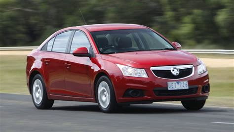 holden cruze 2011 review holden cruze used review 2011 2013 carsguide