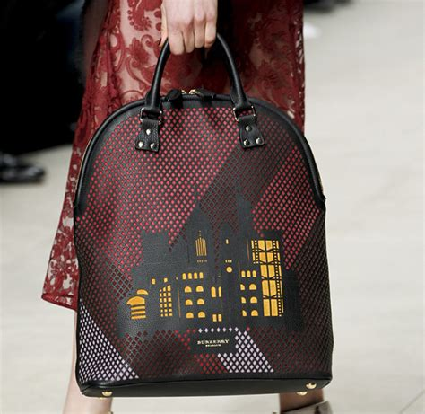 Burberry 2008 Handbags Runway Review by Burberry Fall 2014 Runway Bags 39 For Best Designer