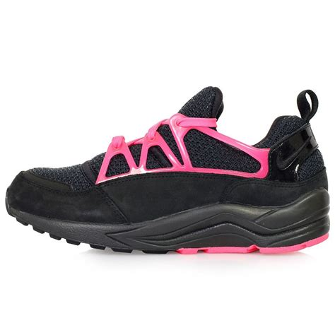 black pink nike photoshoot nike air huarache light fc shoes black pink flash