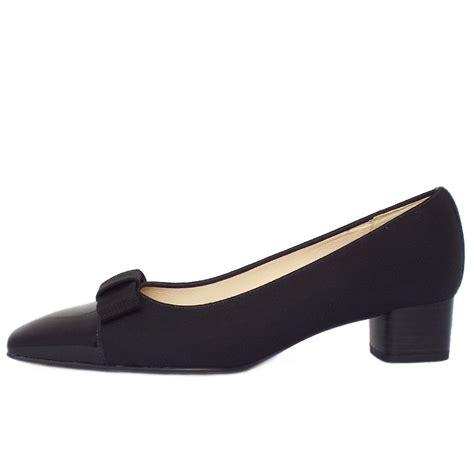 kasier beli s black low heel court shoes