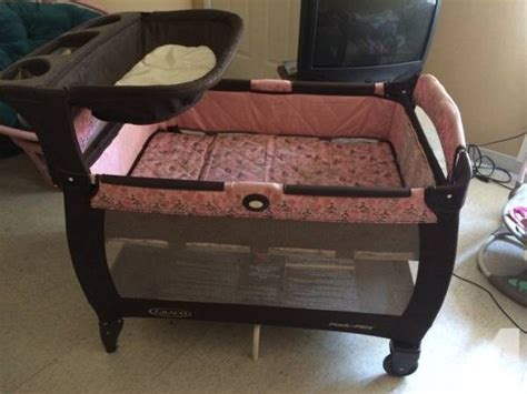 Pack N Play With Bassinet And Changing Table Graco Pack N Play W Changing Table And Bassinet For