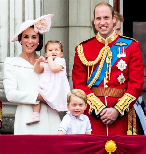 prince william thrilled at kates new pregnancy yahoo news duchess kate and prince william want a third baby soon