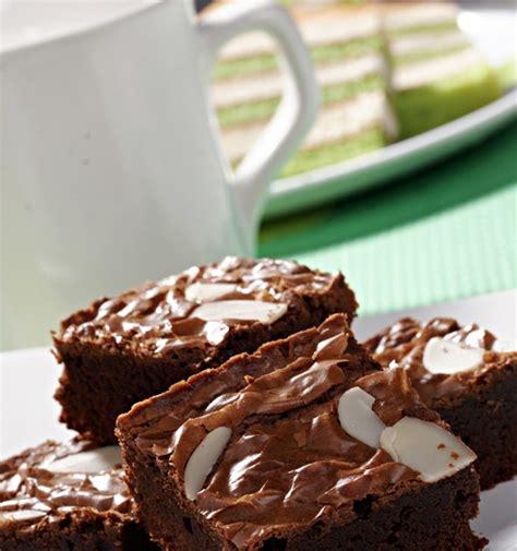 membuat brownies kukus dengan tepung pondan cara membuat brownies kukus tepung pondan makanan enak