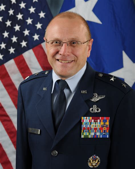 af t major general andrew m mueller gt u s air