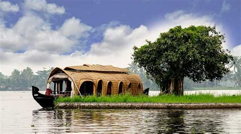 kerala news houseboat your guide to kerala houseboats trip wiz