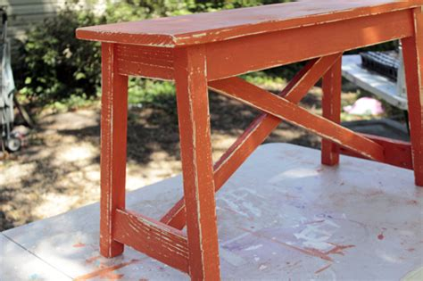 how to paint a wooden bench how to paint distress a wooden bench en espa 241 ol