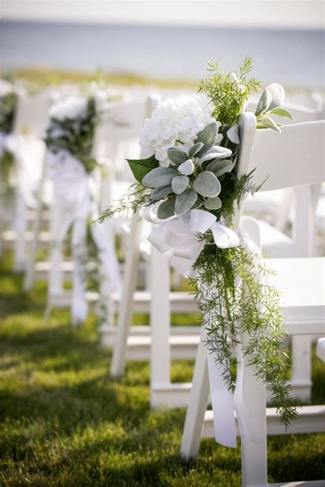 Wedding Aisle Flower Decorations by 695 Best Church Pew Aisle Ideas Images On