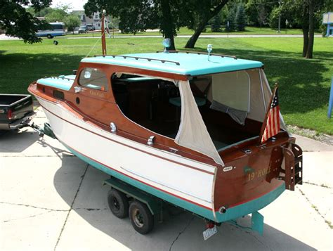 cabin cruiser project boats 1936 chris craft 28 wooden cabin cruiser for sale boat