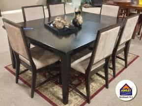 clearance kitchen table sets 12 best images about dining room on tables