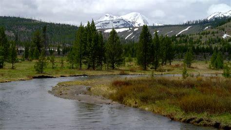 yellowstone landscape yellowstone landscape usa 4k stock 128 379 129
