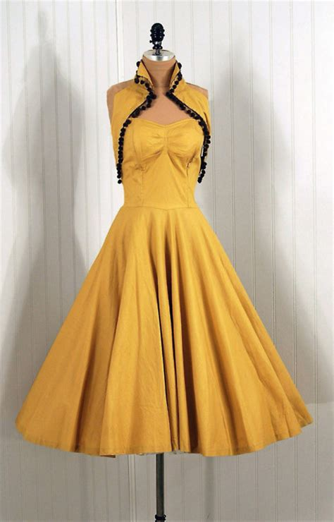 retro rack reno in a marigold dress