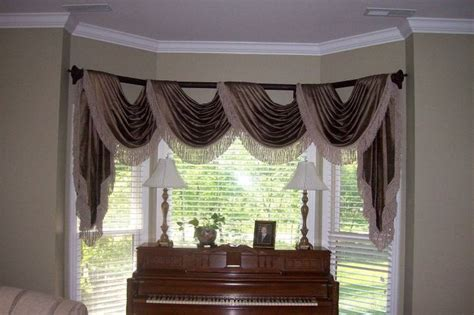 Window Swags 17 Best Images About Cascades And Jabots On
