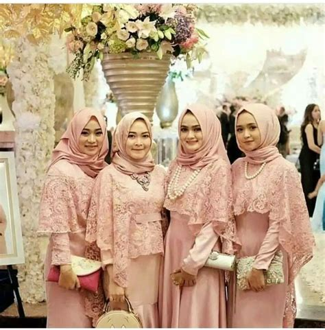 pin by nila kumalasari on kebaya kebaya brokat and muslim