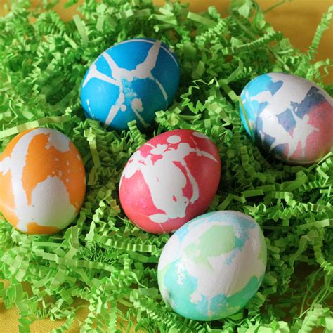 easter eggs and three egg decor techniques