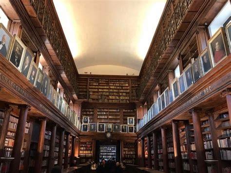 casa comunale palermo orari e servizi riaperta la biblioteca comunale di casa