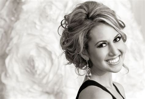 Wedding Hairstyle With Gown by Wedding Hairstyle Tips Weddingelation