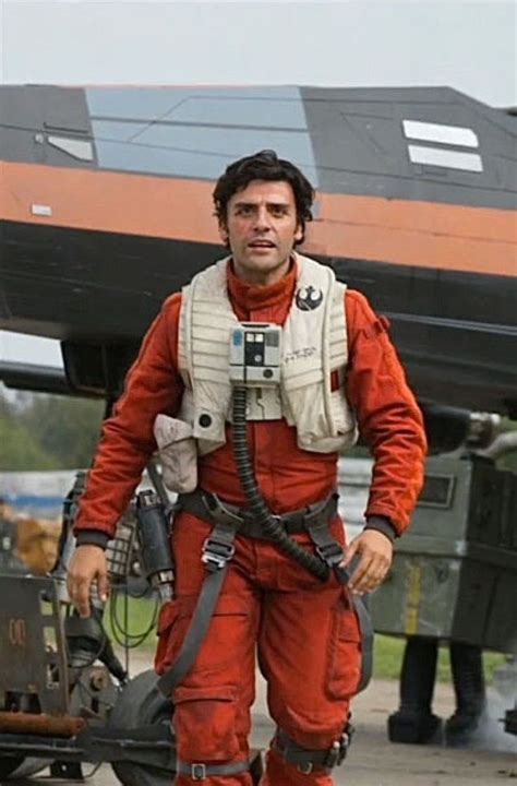 star wars poe dameron 1302901117 the force awakens why rey and kylo ren are not siblings grizzly bomb