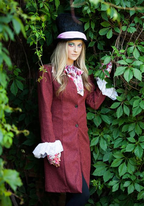 deluxe womens mad hatter costume