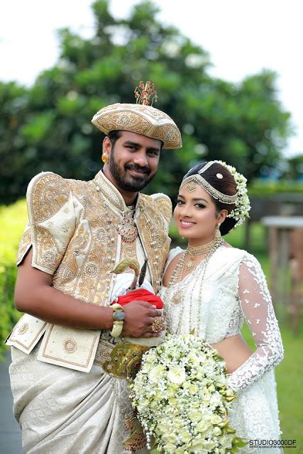 sri lankan actress wedding 2017 tharushi nayanathara wedding day sri lanka hot picture