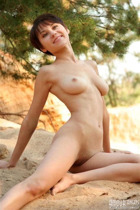yukikax sumiko kiyooka Nude Photo