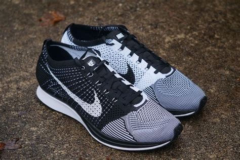 New Sepatu Running Nike Flyknit Racer Black White squeezes in a work out ahead of the met gala daily mail