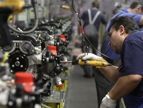 confesercenti pavia istat a ottobre produzione industriale di nuovo in calo
