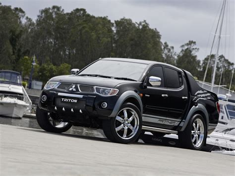mitsubishi triton otomotif modern new mitsubishi triton cars review and specs