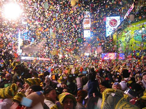 nyc new years events what to do on new year s applebees nye
