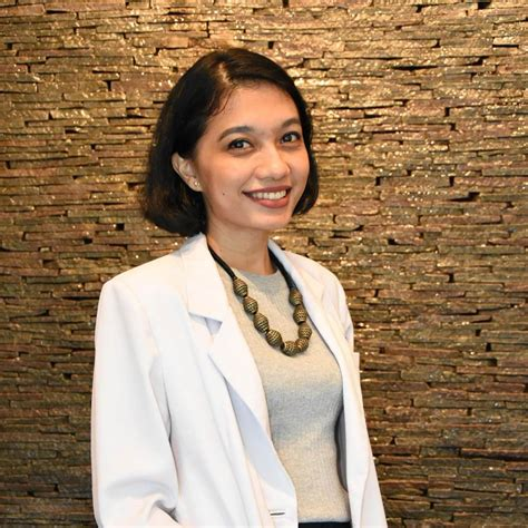 Pembersihan Karang Gigi Di Audy Dental Drg Adina Novia Spkga Audy Dental