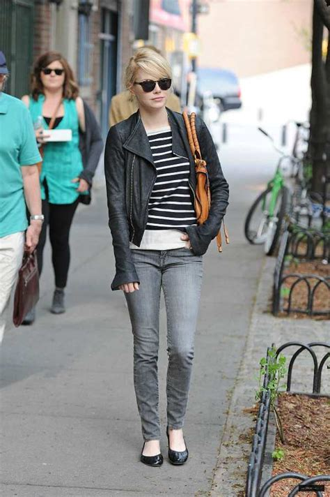 emma stone outfits holiday style inspiration emma stone lake shore lady
