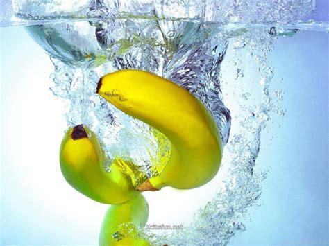 wallpaper de banana water bananas wallpaper hd wallpaper fruits wallpapers