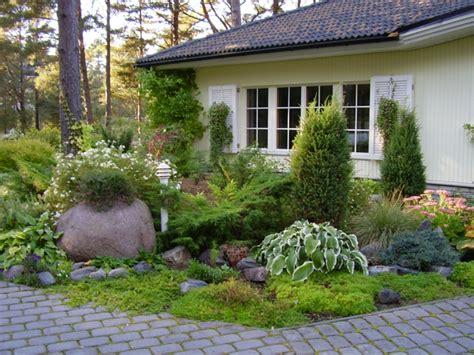 kleinen vorgarten pflegeleicht gestalten vorgarten gestalten erfolgreiche und leichte tipps kurz