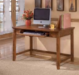 Desk For Small Office Space Small Oak Desk Ideas And Advantages