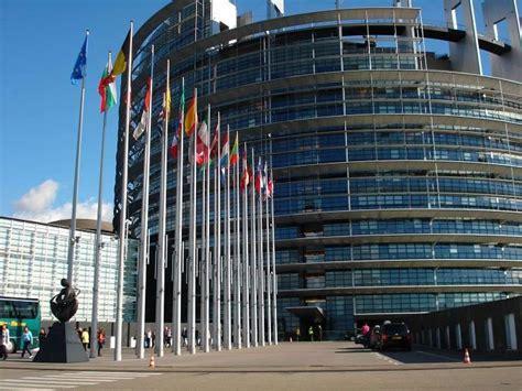 bruxelles sede parlamento europeo bruxelles allarme bomba al parlamento europeo evacuati 3