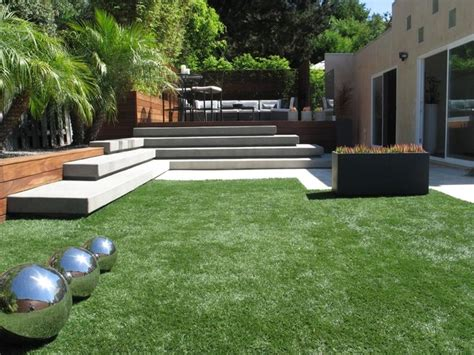 modern backyard grounded modern landscape architecture modern