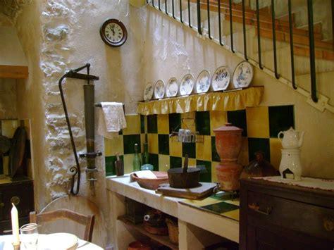 chemin馥 cuisine ancienne chemine cuisine ancienne la grille appuye sur le montant
