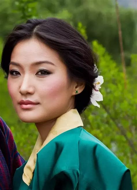 who is the pretty asian lady on the new viagra commercial who are some of the most beautiful asian women quora