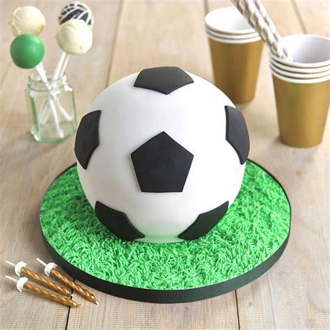 25 best ideas about football cakes on pinterest