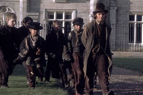 elijah wood csfd oliver twist tv film 1997 čsfd cz
